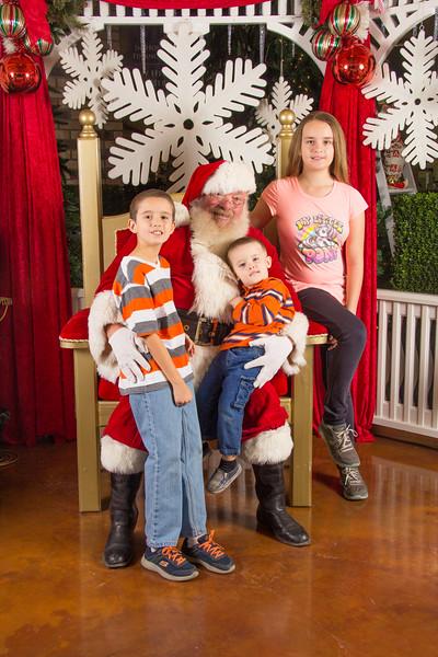Santa 12-16-17-94.jpg