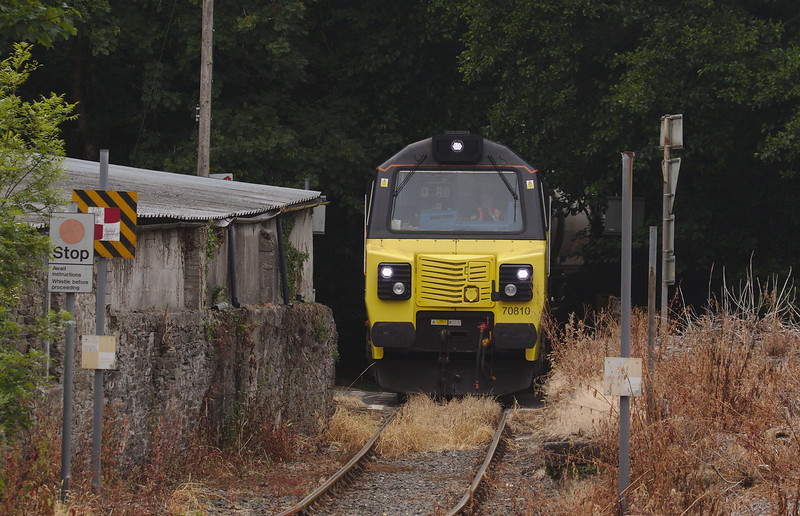 Colas Rail 70810 with the 6C36 Moorswater Tarmac Colas to Aberthaw Tarmac Colas Rail cement loads