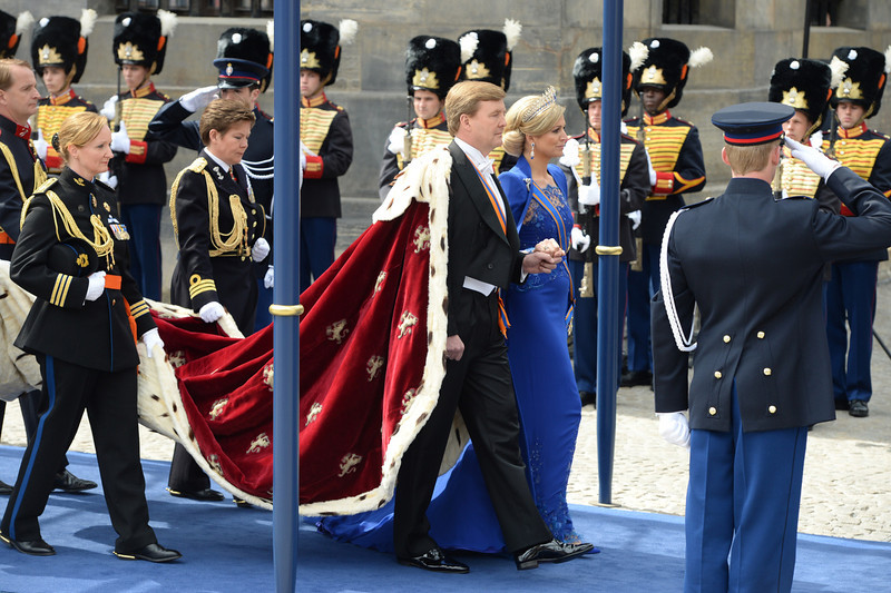 . King Willem-Alexander of the Netherlands arrives with his wife Queen Maxima for his inauguration ceremony on April 30, 2013 at Nieuwe Kerk (New Church) in Amsterdam.   PATRIK STOLLARZ/AFP/Getty Images