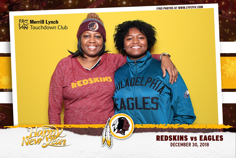 washington-redskins-philadelphia-eagles-touchdown-fedex-photo-booth-20181230-171528.jpg