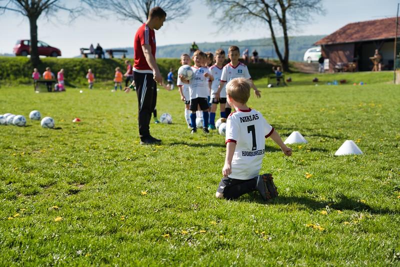 hsv-fussballschule---wochendendcamp-hannm-am-22-und-23042019-u8_32787654527_o.jpg