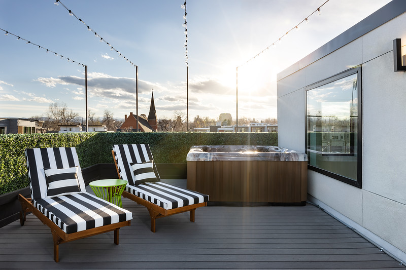 KimLorenzenDesign-Rooftop_Patio-HotTubLounge-1759.jpg