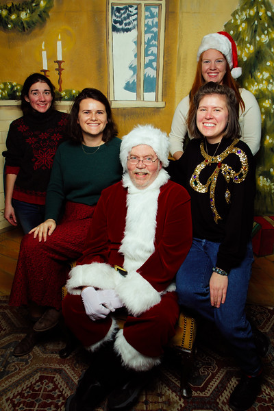 Pictures with Santa Earthbound 12.2.2017-164.jpg