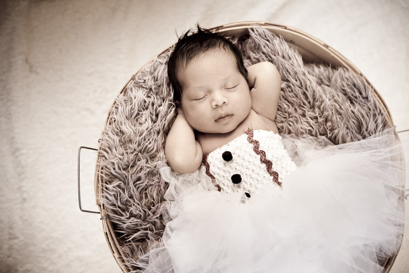 deziree-newborn43.jpg