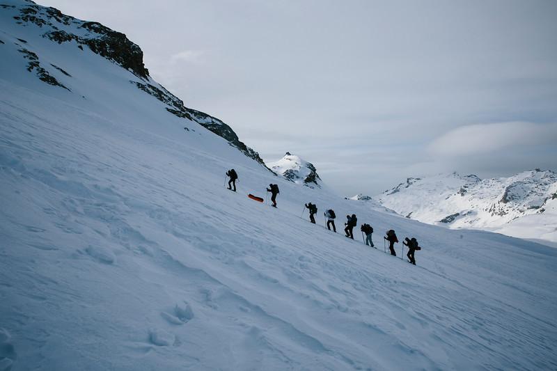 200124_Schneeschuhtour Engstligenalp_web-383.jpg