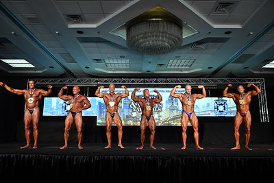 Men's Bodybuilding Masters 50+ SHW