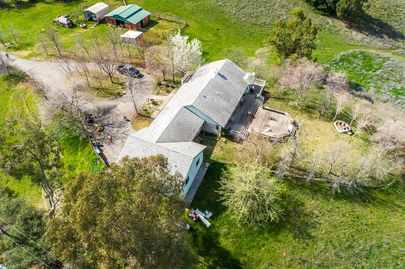 3165 Meadow Creek Ln-21.jpg