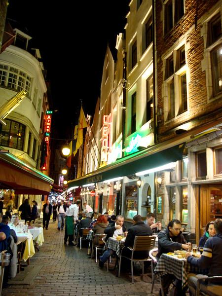 leons restaurant 2.jpg