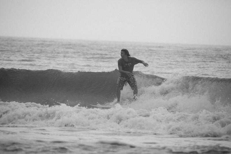 Surf_BW_015.jpg