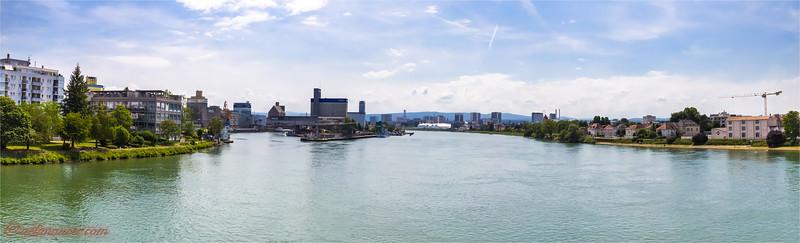 2017-05-31 Dreilaendereck + Rheinhafen Basel -8020 Panorama.jpg