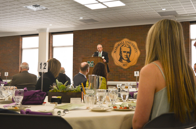 ScholarshipBrunch2016_001.jpg