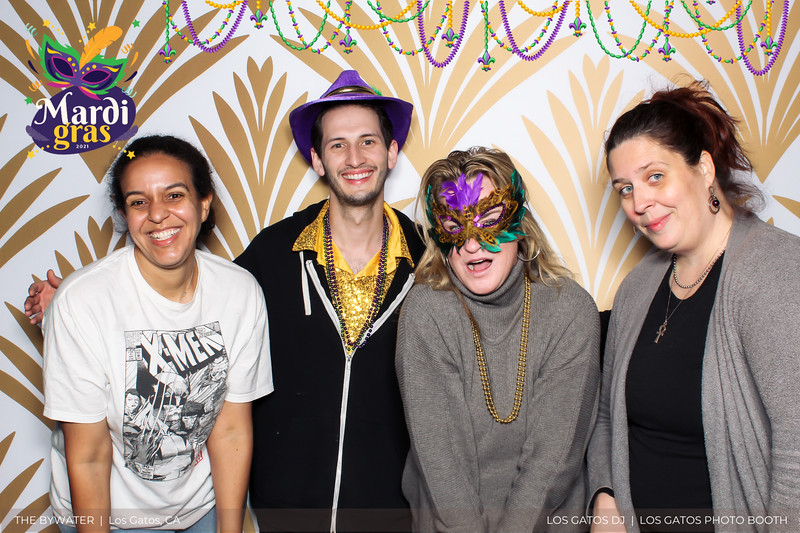 LOS GATOS DJ - The Bywater's Mardi Gras 2021 Photo Booth Photos (beads overlay) (22 of 29).jpg
