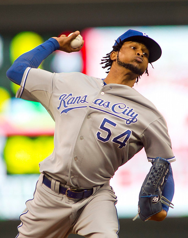 . Kansas City Royals starting pitcher Ervin Santana throws to the Minnesota Twins in the first inning. (AP Photo/Andy Clayton-King)