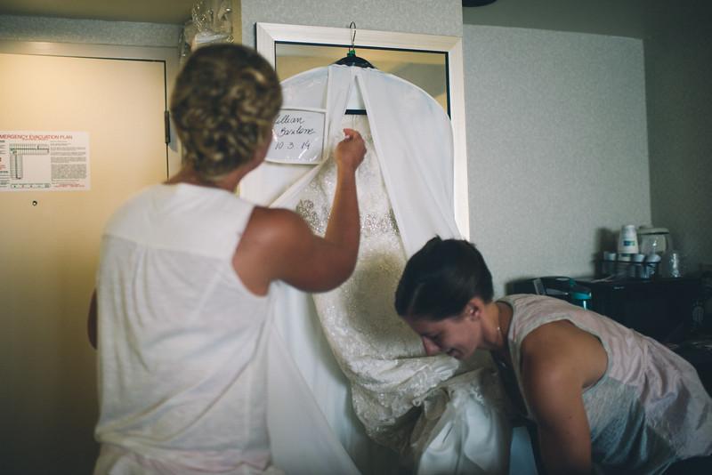 Philadelphia Wedding Photographer - Bernreuther-37.jpg
