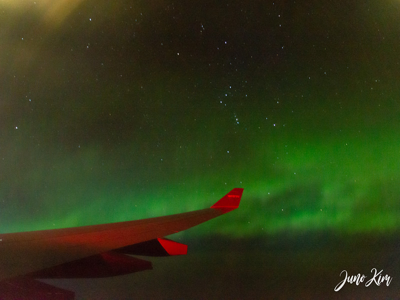 Flight northern lights-_6102114-Juno Kim.jpg