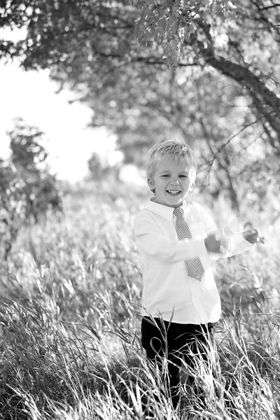 25bw Jacob+Wyatt | Nicole Marie Photography.jpg