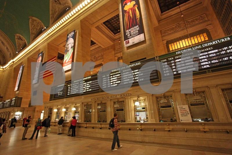 Grand Central Station 6948.jpg