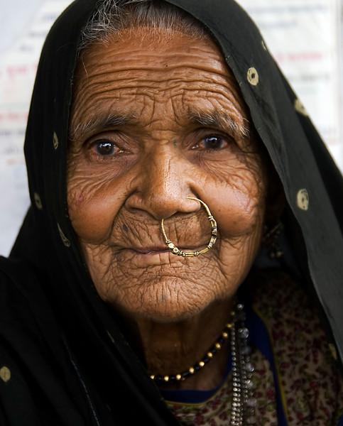INDIA2010-0213A-41A.jpg