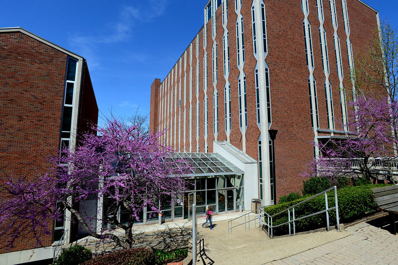 Smith Hall1779.jpg