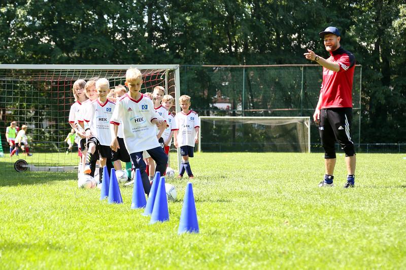 hsv_fussballschule-376_48047955176_o.jpg
