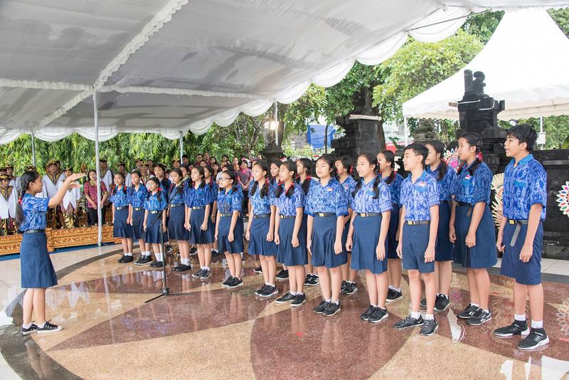 20170202_Peace Run Denpasar w_Mayor_112.jpg
