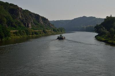Z Řeže do Troji podél Vltavy