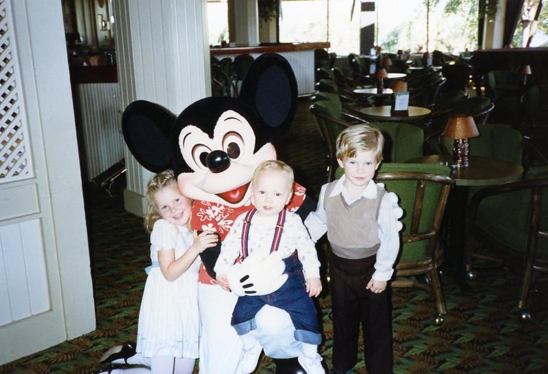 family pics 057.jpg