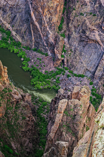 Black Canyon of the Gunnison River View.jpg