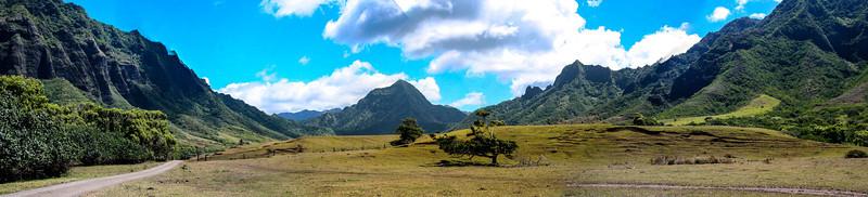 Kualoa Ranch Pano 2.jpg