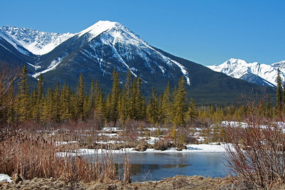 VERMILION  LAKES,  BANFF  AND TUNNEL  MOUNTAIN   Apr 19, 2018