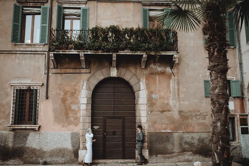 Tu-Nguyen-Wedding-Photographer-Hochzeitsfotograf-Verona-Oldtown-Italy-45.jpg