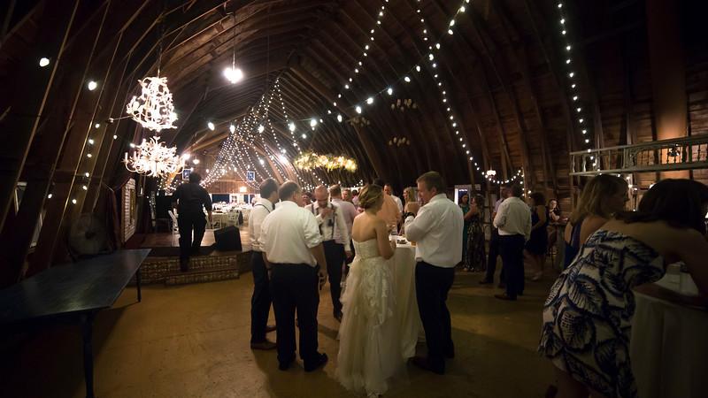 Garrett & Lisa Wedding (823).jpg