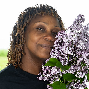 Charlyn with Lilacs