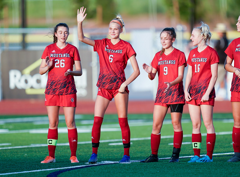 CCHS-vsoccer-pineview0129.jpg