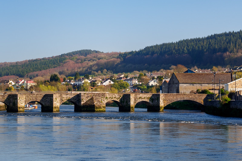 Old Bridge over the River Suir, Carrick-on-Suir