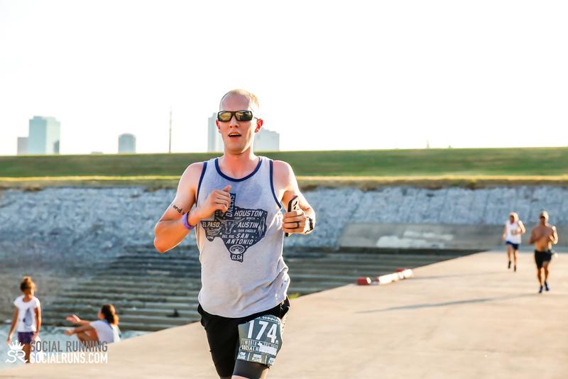 National Run Day 18-Social Running DFW-1105.jpg