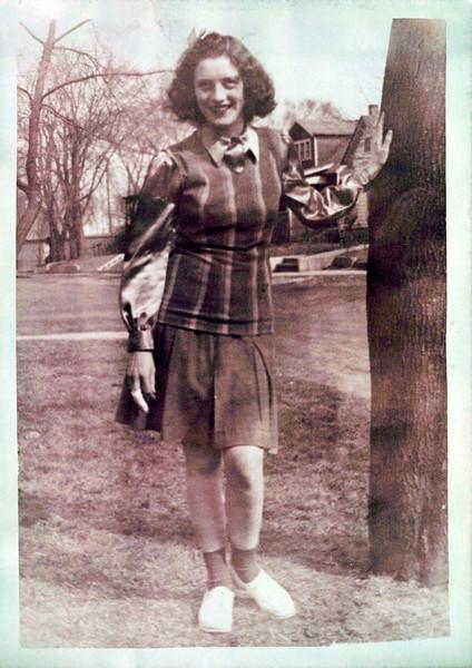1942 Vivian Konyha (1).jpeg