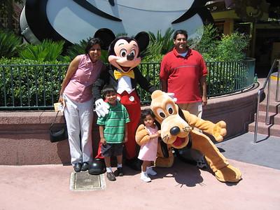 04-2006 Disney