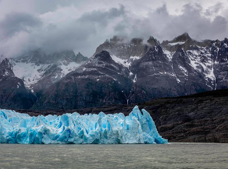 Patagonia_D810_1811_0153-Pano-PS_4k.jpg