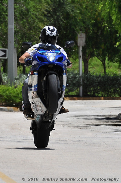 Freddy, Sportbike Wheelie - Photo by Dmitriy Shpurik .com
