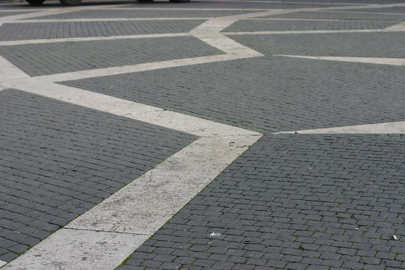 all-roads-lead-to-rome_2095907812_o.jpg