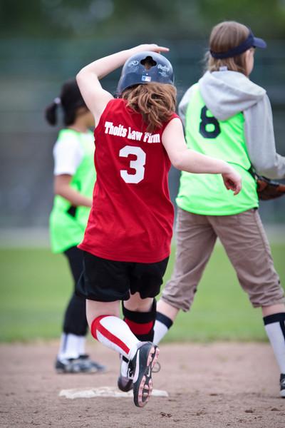 Softball 4-10-2010-161.jpg