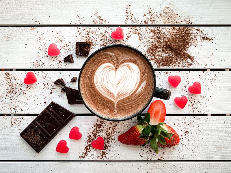 strawberry-caffe-mocha-with-latte-art-picjumbo-com.jpg