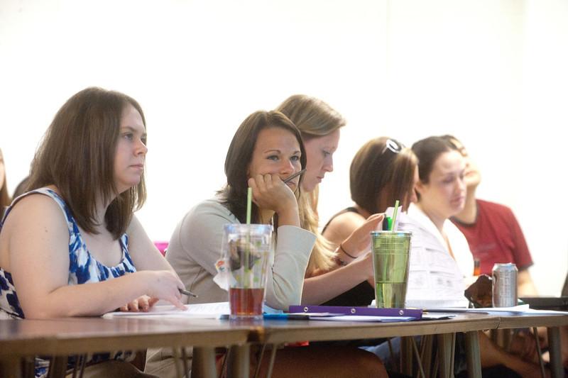 05_31_11_nursing_classroom-4067.jpg