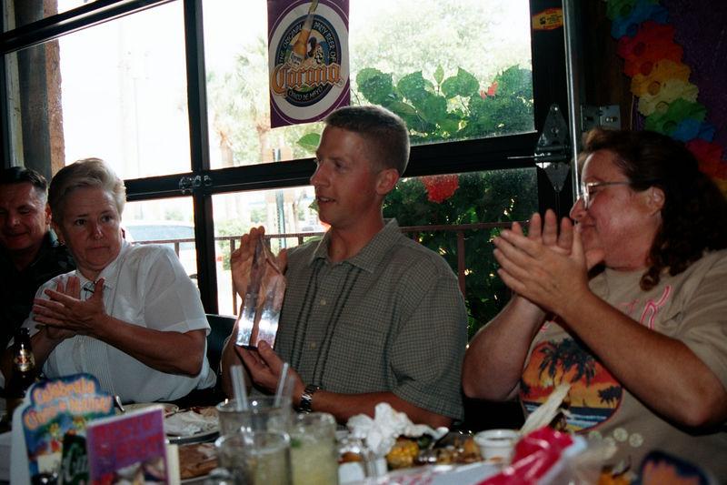 2002 05 20 - Lt Shannons lunchon 03.JPG