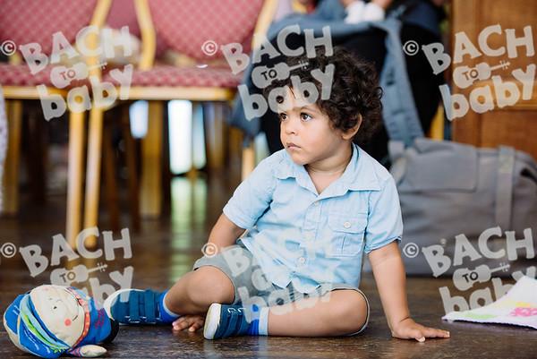© Bach to Baby 2017_Alejandro Tamagno_Charlton_2017-07-17 024.jpg