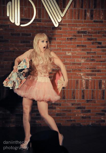 Burlesque (65 of 88).jpg