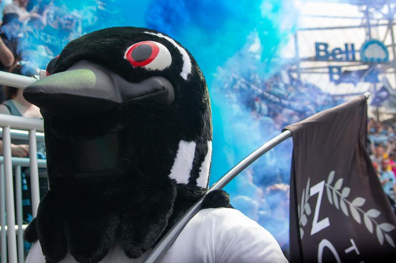 PK, Smoke, Flag