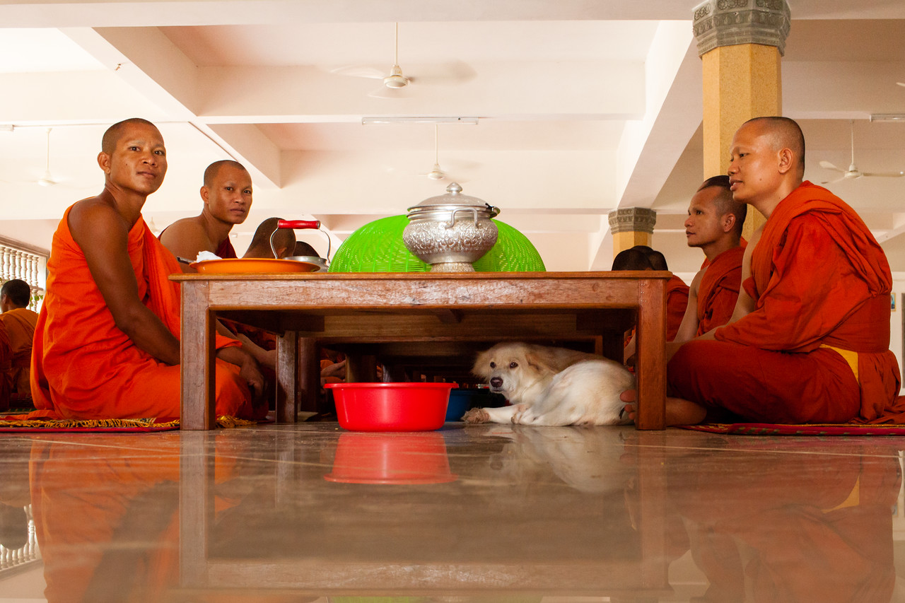 Photo: Breakfast With Monks in Cambodia | SE Asia
