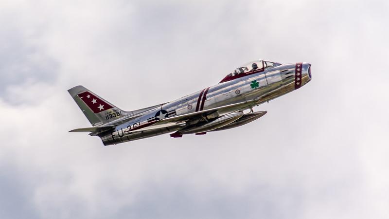 F 86 in flight -2914.jpg